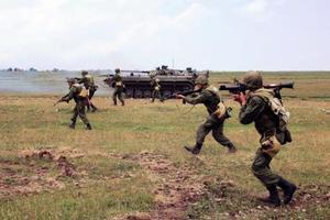 Танк, минометы, снайпера: боевики ударили из запрещенного оружия по ВСУ