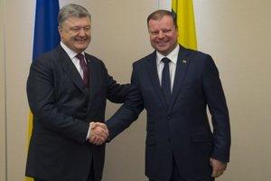 Порошенко встретился с премьер-министрами Молдовы и Литвы: стали известны подробности
