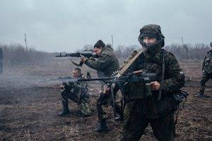 Под огонь из гранатометов попали защитники Новозвановки - штаб