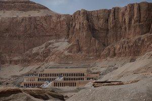 В египетской пустыне найден таинственный храм