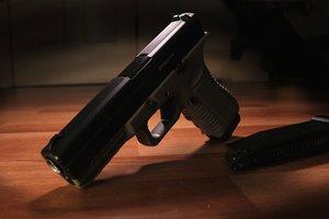 В Киеве два офицера СБУ совершили попытки суицида: один погиб, второй выжил