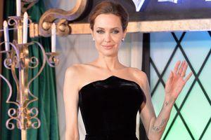 Анджелина Джоли была обнаружена без сознания у себя дома - СМИ