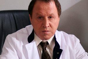 70-летний актер Владимир Стеклов стал отцом в третий раз