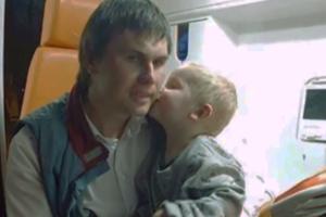 В Харькове продавец спас из огня малыша и пенсионера