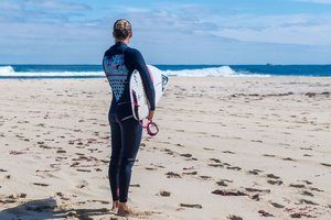 Акула напала на серфингиста во время этапа Мировой лиги