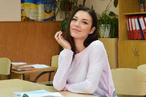 """Полина Логунова: """"Учительница английского языка постоянно нас """"щемила"""""""