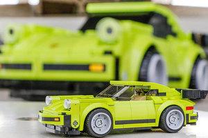 Из кубиков Lego собрали полноразмерную копию Porsche 911: яркие фото