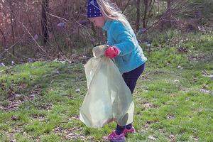 Днепр погряз в мусоре: жители убирают отходы, мэр обещает призы