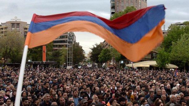 Оппозиция готовит самую большую акцию протеста в истории Армении: полиция заявила о жестких мерах