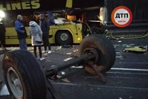 В Чехии автобус с украинцами попал в ДТП