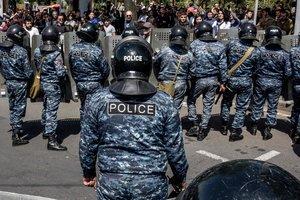 Протесты в Армении: полиция задержала уже 84 человека