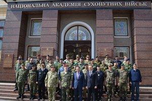 Военный комитет НАТО впервые в истории провел выездное заседание в Украине