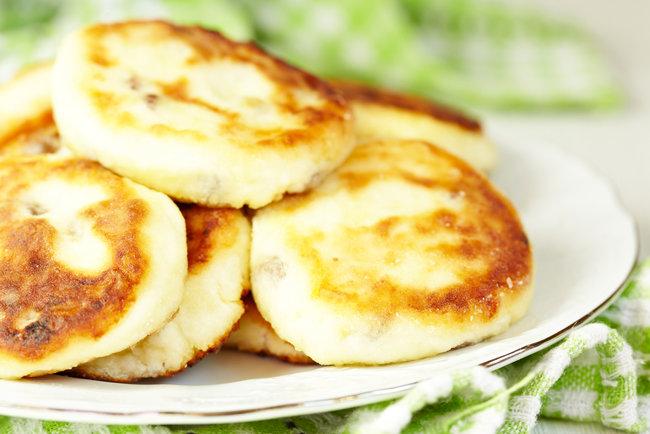 быстрый и вкусный рецепт сырников из домашнего творога