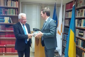 Кипр передаст Украине материалы по делам беглых чиновников-коррупционеров