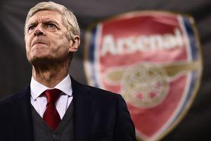 """Арсен Венгер не намерен завершать карьеру после ухода из """"Арсенала"""""""