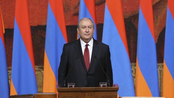 Серж Саргсян призвал Никола Пашиняна срочно начать гражданский разговор застолом переговоров