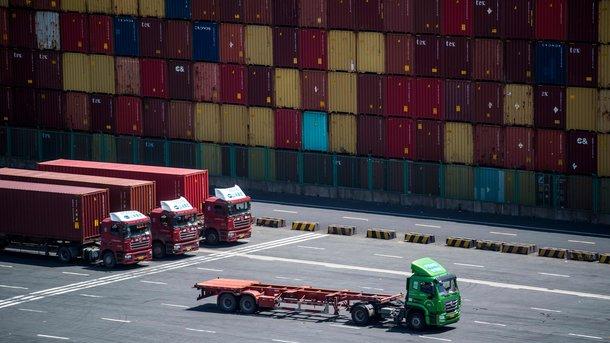 Украина увеличила экспорт товаров вЕС натреть,— Гройсман