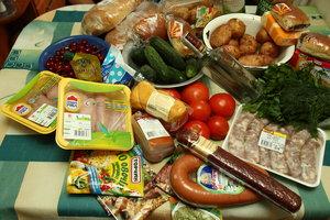 Украинцы стали меньше тратить деньги на продукты