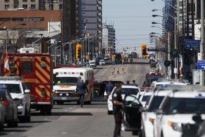 Жертвами наезда микроавтобуса в Торонто стали не менее пяти пешеходов
