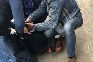 В Харькове следователь погорел на крупной взятке