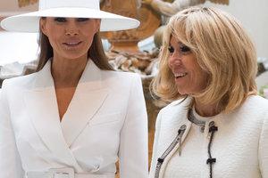 Битва образов: Мелания Трамп и Бриджит Макрон в изысканных нарядах на торжественном ужине