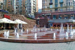 Прокуратура вернула Киеву фонтан на Крещатике