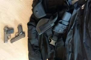 В Киеве двое мужчин в форме полицейских грабили иностранцев