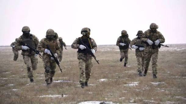 Министр указал на3 вероятных метода разрешения конфликта наДонбассе
