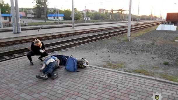 Охранник убил коллегу наперроне вокзала вХарьковской области