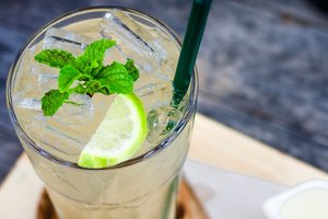 Как приготовить лимонад: два рецепта от Марты Стюарт
