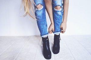 Полосочки ткани и карманы: американская фирма выпустила провокационные джинсы