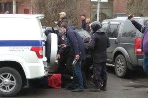 Задержаны сотни человек, людей избивают на площадях: видео с акций против Путина в РФ
