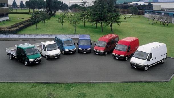 Продажи коммерческих авто выросли на 30%