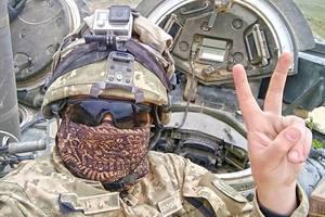 """""""Наши военные доказали, что украинская армия - одна из самых боеспособных в мире"""" - Порошенко"""