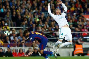 """Битва """"Барселоны"""" и """"Реала"""" в Эль-Класико: четыре мяча и удаление"""