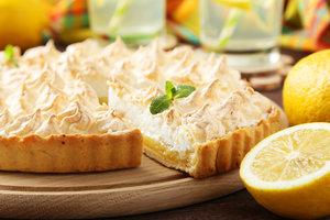 Рецепт к чаю: песочный тарт с лимонным кремом и меренгой