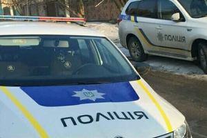 """В Харькове """"полицейский"""" и """"фискал"""" пытались ограбить водителя"""