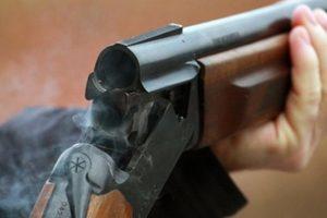 В России ученик на уроке открыл огонь из ружья, после чего застрелился