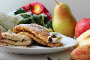 Рецепт для осеннего завтрака: ароматные грушевые блинчики