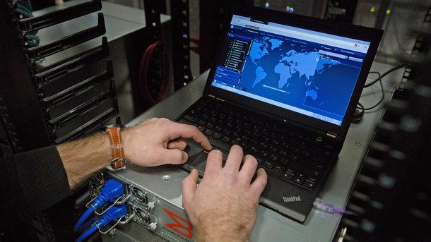 ВСША афишировали копии постов «фабрики троллей» в фейсбук