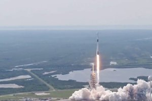SpaceX со второй попытки запустила модернизированную ракету Falcon 9