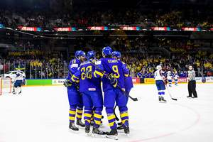 Онлайн матча Швейцария - Швеция на чемпионате мира по хоккею