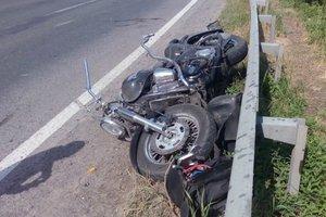 В Закарпатской области столкнулись Mercedes и два мотоцикла: трое пострадавших