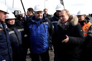 Путин лично откроет Крымский мост: названа точная дата