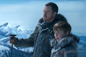 Семья в космосе: Netflix продлил фантастический сериал на второй сезон