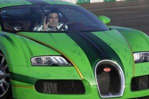 """В Туркменистане изымают автономера начинающиеся на """"77"""" - их отдадут семье президента"""
