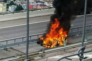 Водитель сгорел заживо: Tesla попала в жуткую аварию в Швейцарии