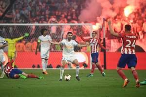 Король Испании и Саркози посмотрели финал Лиги Европы