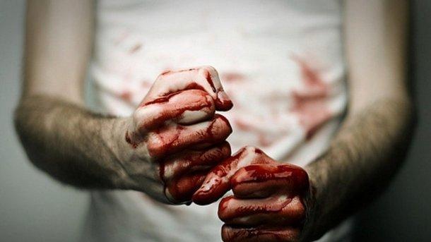 Кулаком, ногой, отверткой: в Москве подонок до полусмерти избил пожилу