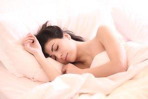 В будущем люди будут спать менее 6 часов в сутки – ученые
